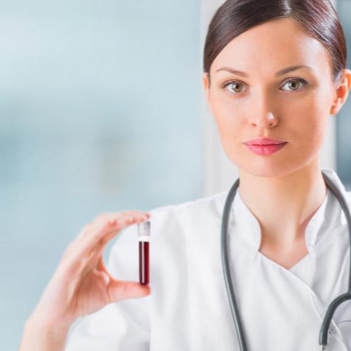 خانم- لوله آزمایش- آزمایش خون